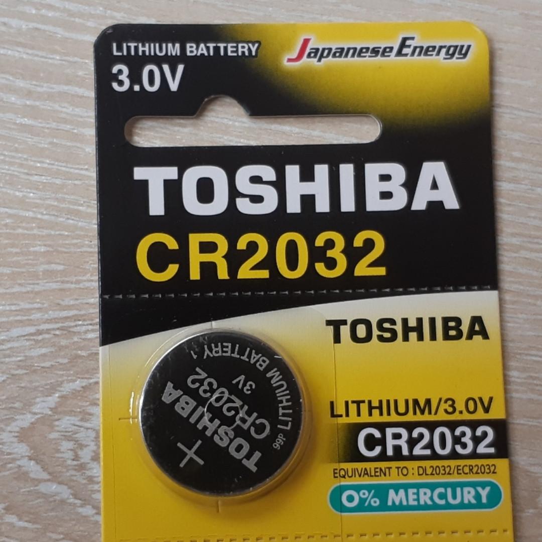 Дисковая батарейка TOSHIBA Lithium Cell 3V  CR2032 (C5)