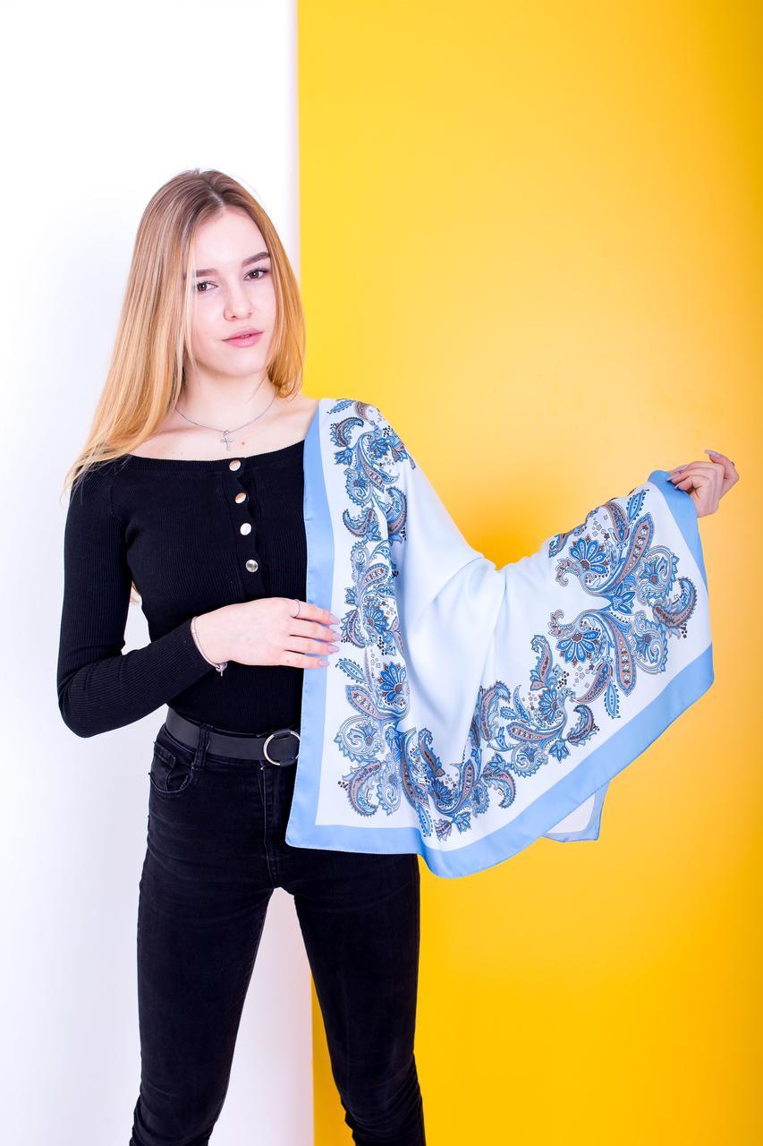 Синий атласный платок с турецкими огурцами
