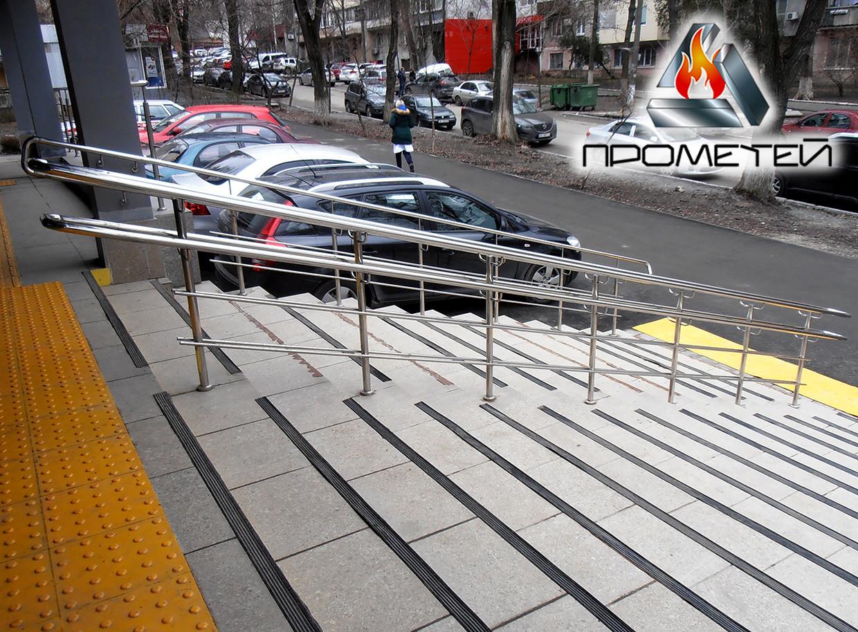 Роздільники потоку сталеві для входу в будівлю - вартість з установкою в Глобине, Полтавська область