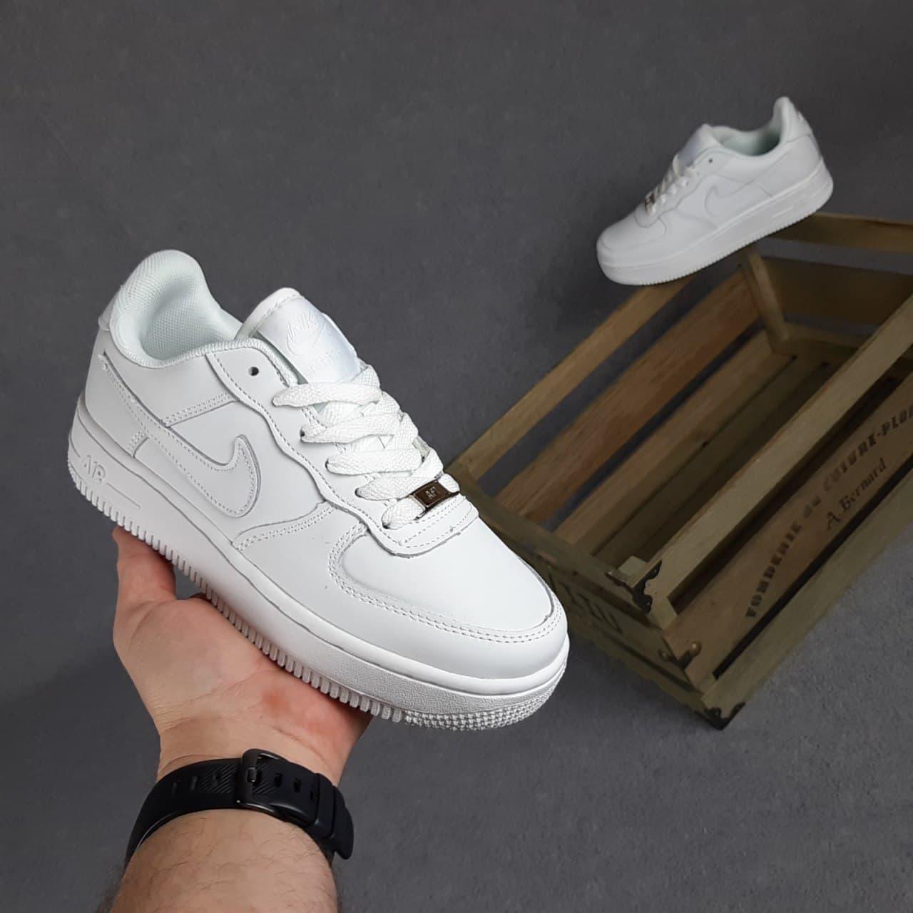 Кросівки Air Force білі низькі 36-41