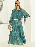 Шифоновое платье-миди с принтом и воланом по низу зелёное, фото 2