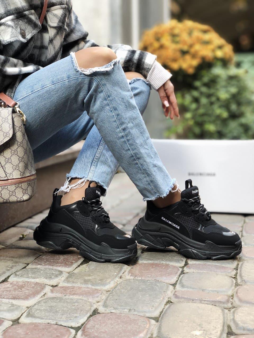 Жіночі кросівки Balenciaga Triple S black