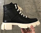 Dr. Martens 33 ! Женские демисезонные кожаные ботинки на шнуровке с толстой массивной светлой подошвой, фото 4