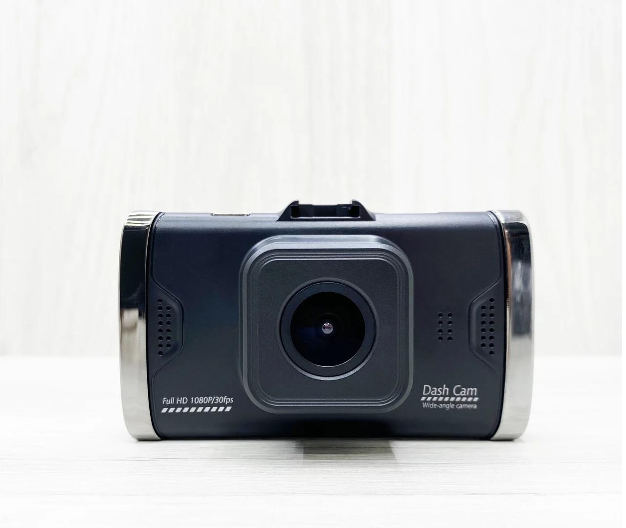 Відеореєстратор Dash cam T685G