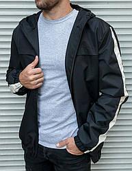 Мужская черная ветровка с капюшоном на подкладе, полоски на рукавах
