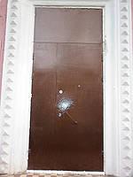 Двери входные двустворчатые