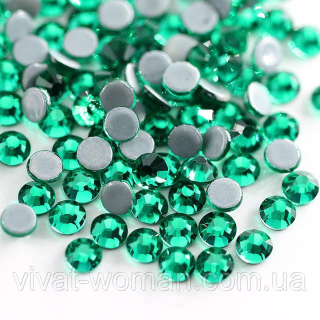 Стрази А+ Premium Green Zircon SS20 (4.8-5.0 мм) термоклеевие. Ціна за 144 шт.