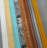 Плінтус багет гнучкий самоклеючий Білий з візерунком 235*8 см, фото 5