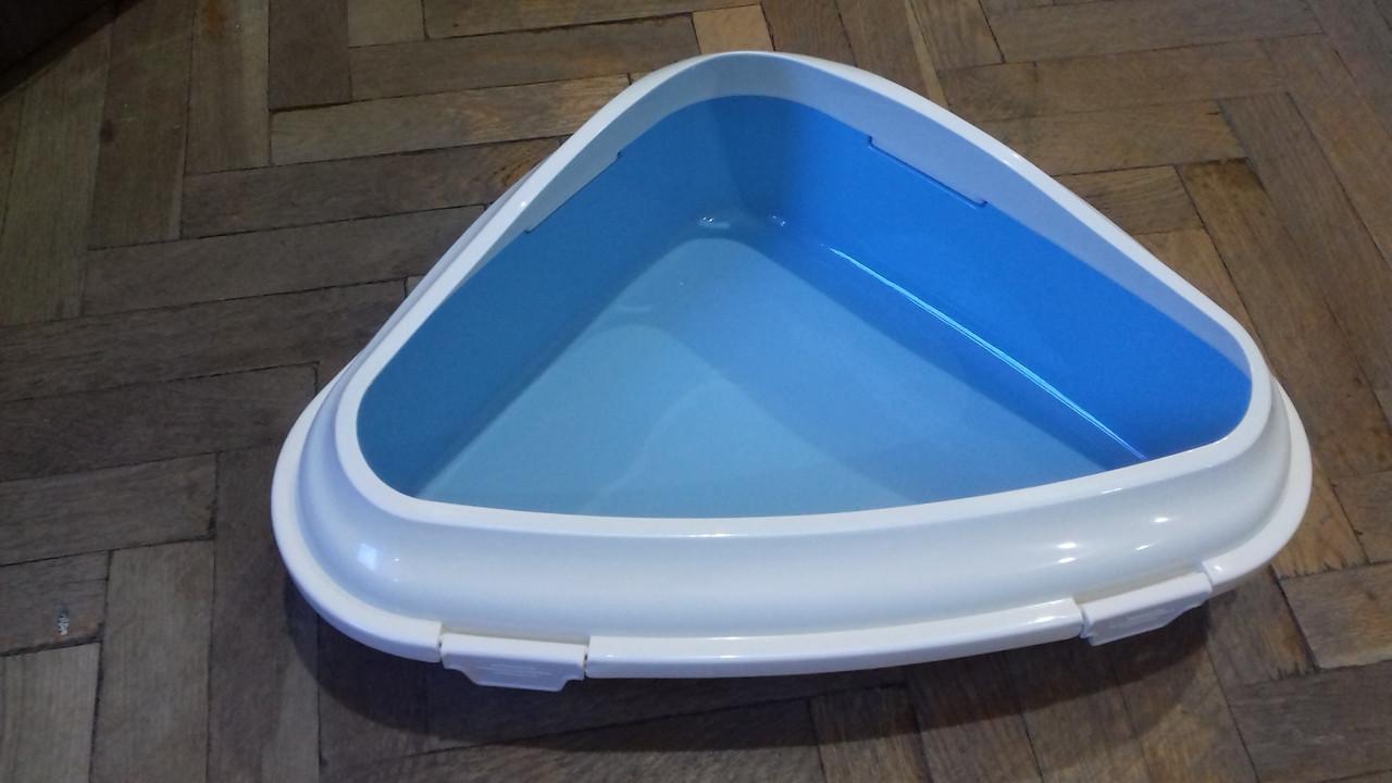 Туалет под наполнитель AnimAll с бортиком угловой, 52.1х38.3х18.2 см, P 1135 голубой