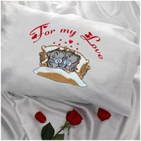 Наволочка с вышивкой Вашей надписи и двух мишек