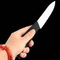 """Нож """"Универсальный"""" изготовлен из циркониевой керамики"""