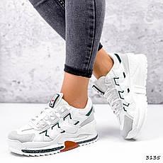 Кроссовки женские белые на белой подошве из эко замши и эко кожи. Кроссовки спортивные с серым носком, фото 2