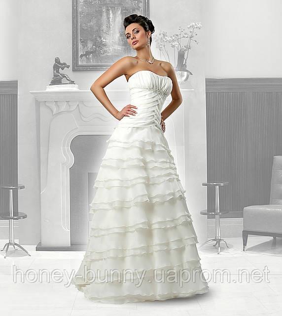 Прокат платья свадебного со шлейфом