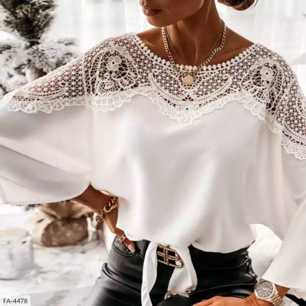 Жіноча блузка з мереживом виріз човником