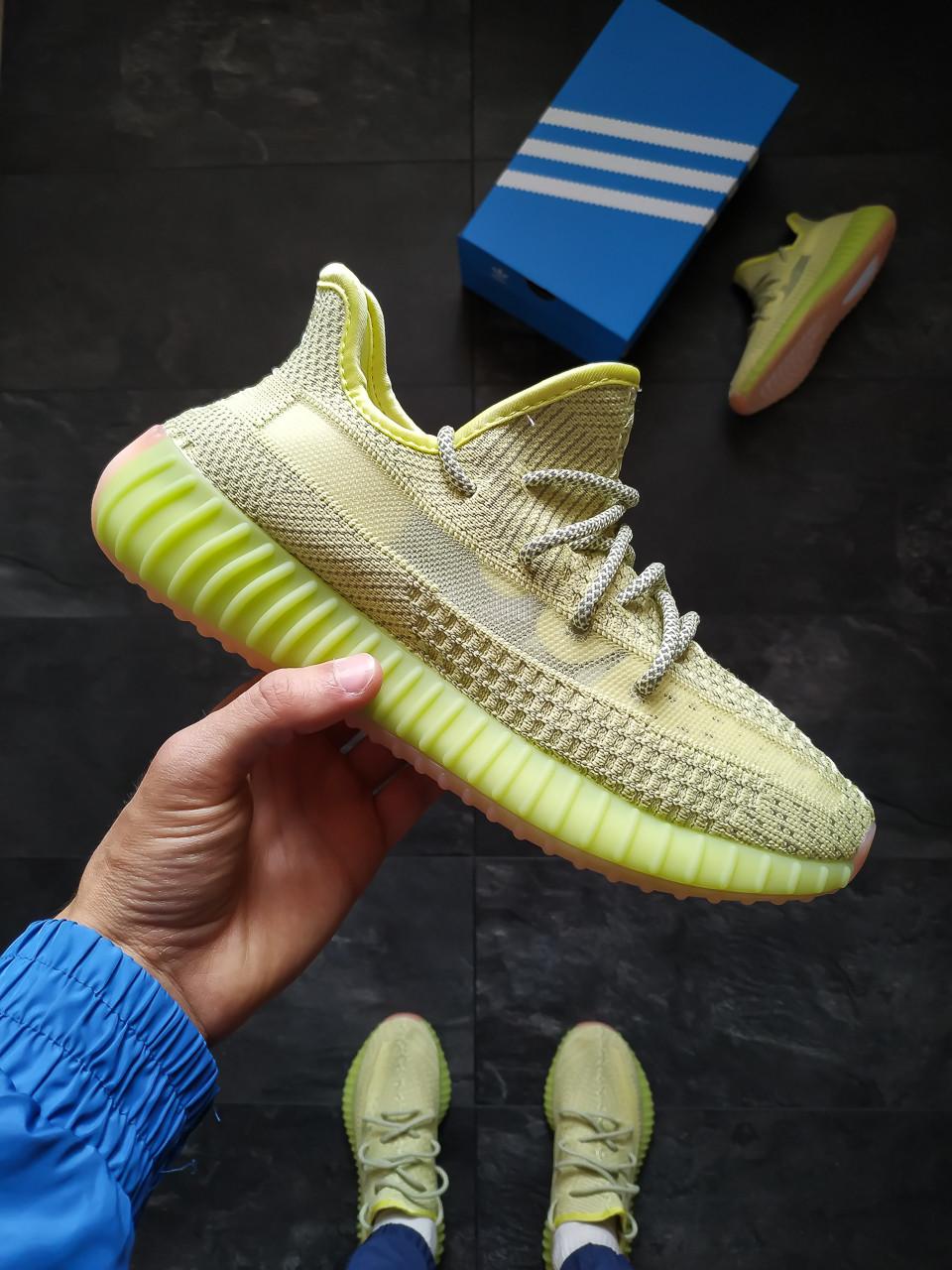 Мужские кроссовки Adidas Yeezy Boost 350 салатневый