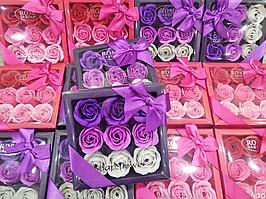 Подарочный набор цветочного мыла Rose Garden из 9 роз для девушек и женщин в коробке с бантиком