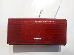 Кожаный кошелек красный на магните женский лаковый Mario Dion 801А