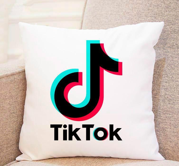 """Трендовые подушки – супер классный подарок любимому человеку 35*35 см """"Tik Tok"""""""