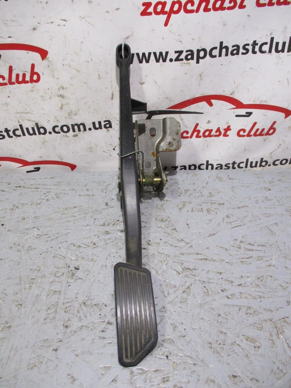 Педаль газа MR205914 с сепаратором MB891455 995137 ECLIPSE Mitsubishi