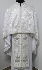 Священичі облачення, білий