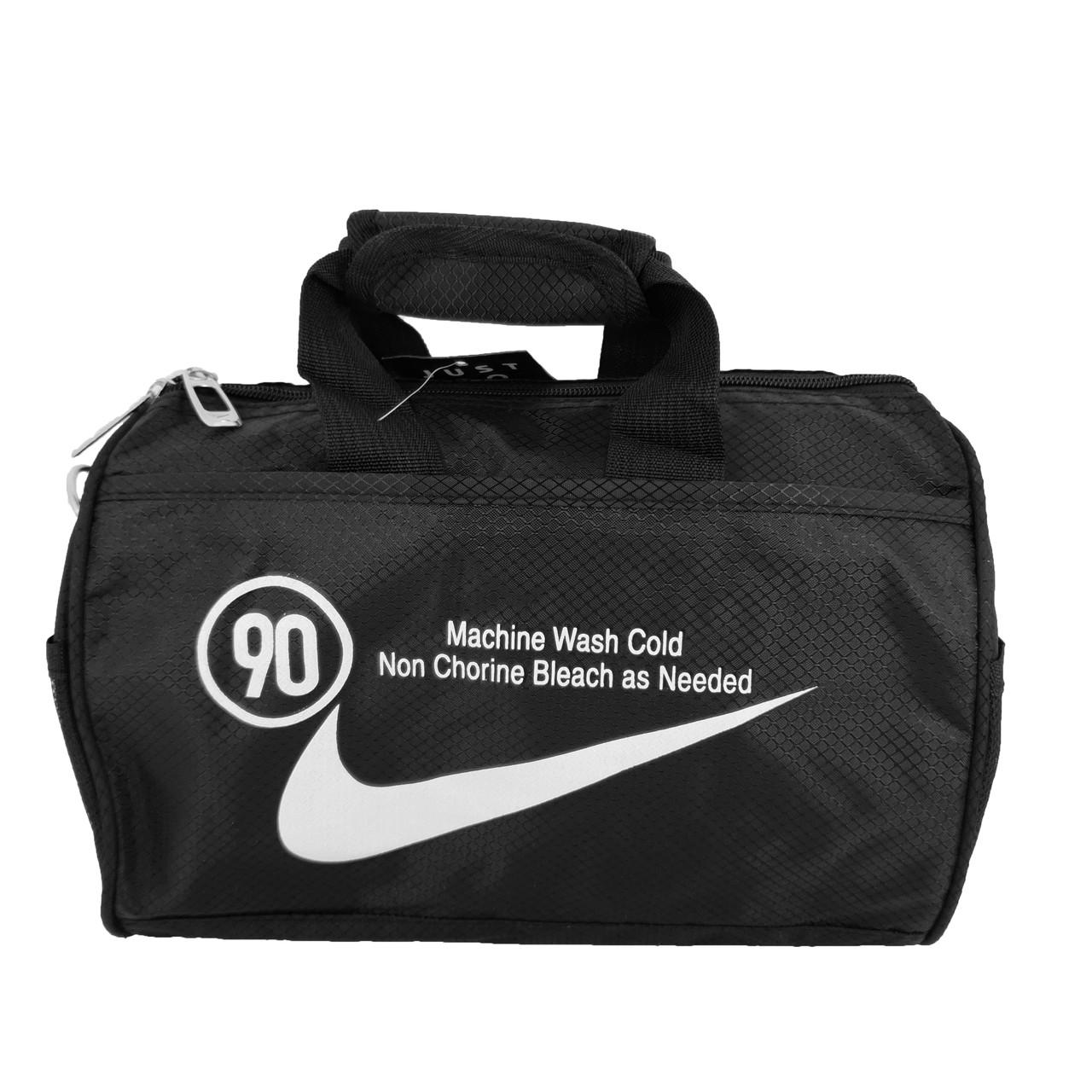 Спортивная спортивная Nike, средняя