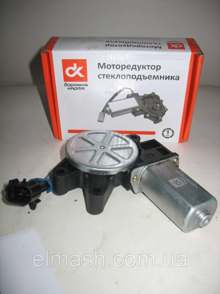 Моторедуктор стеклоподъемника ВАЗ 1118, 2123 правый (квадрат) 12В, 30Вт <ДК>