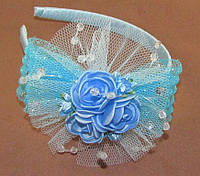 Нарядный обруч для волос с розами голубой
