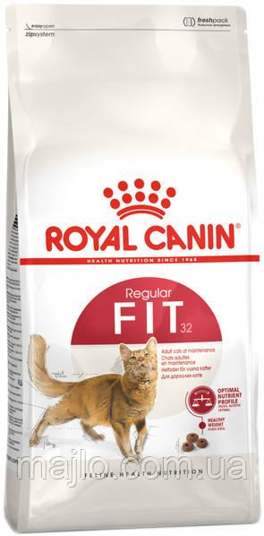 Сухой корм для взрослых котов от 1 года бывающих на улице Royal Canin Fit 32
