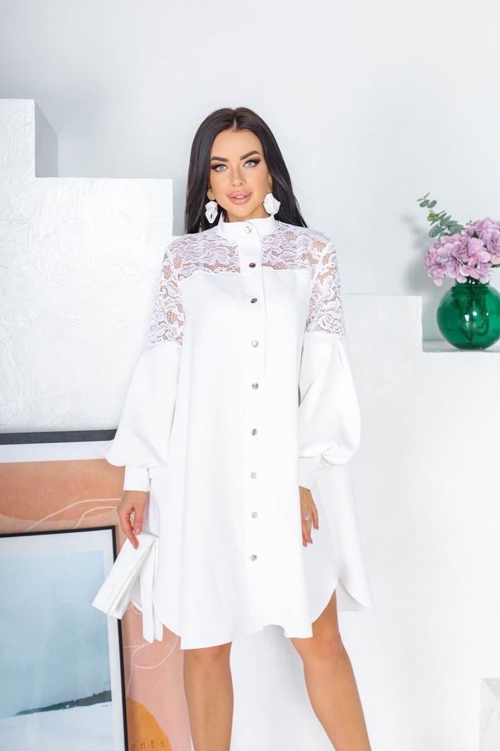 Свободное платье с гипюровыми вставками 50-502