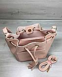 Молодежная сумка из эко-кожи  Люверс пудрового цвета, фото 3