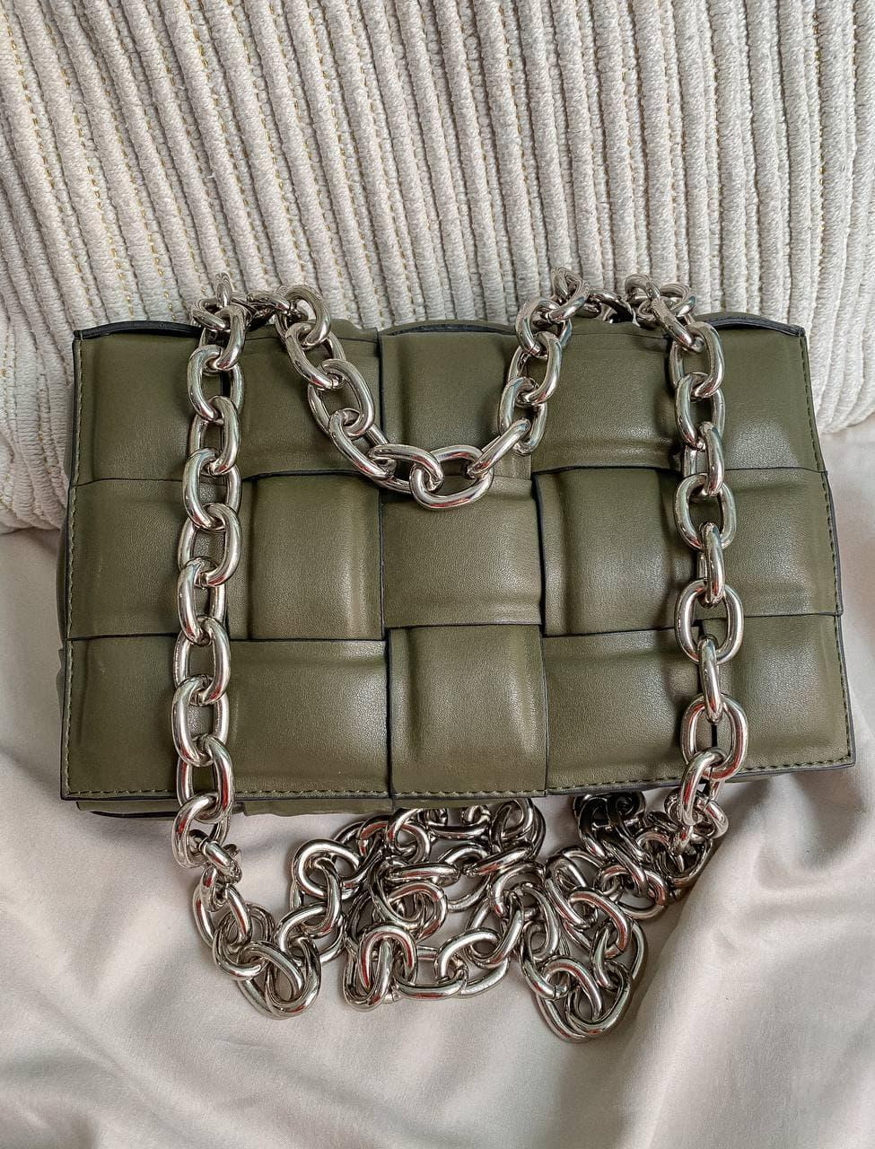 Жіноча сумка Bottega Veneta The Chain Cassette Khaki | Плетений клатч Боттега Венета Хакі