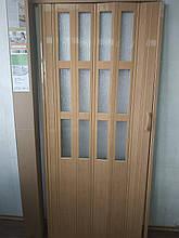 Двері гармошка полуостекленные дуб матовий 802,860х2030х12мм, доставка по Україні