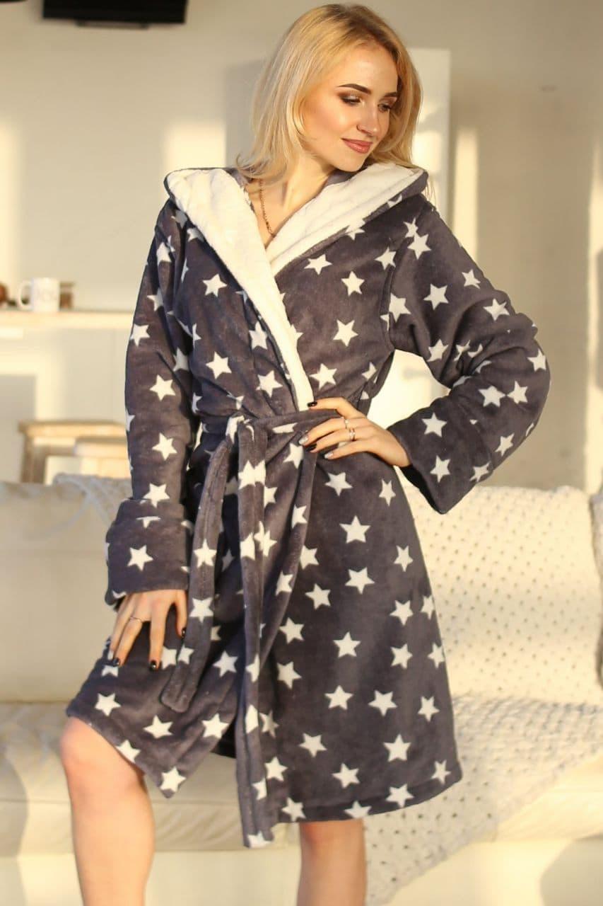 Теплий короткий махровий халат з зірками сірий