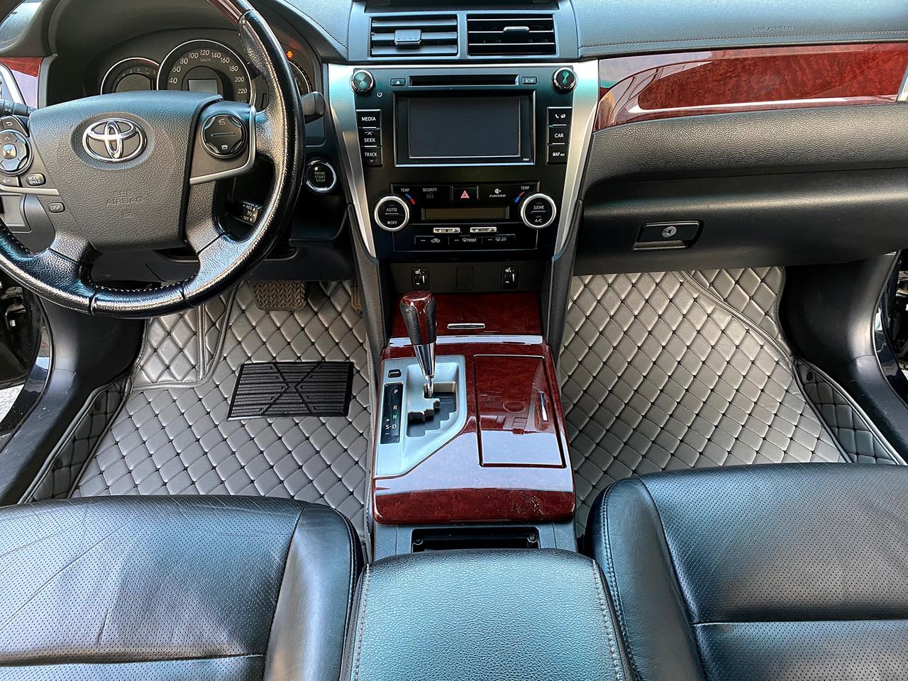 Комплект Килимків 3D Jaguar XJL