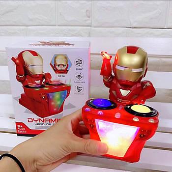 Музыкальный робот Железный человек IRON MAN DJ 6619B Play Smart, перебирает руками и ногами