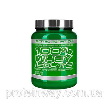 Сывороточный изолят Scitec Nutrition 100% Whey Isolate 700 г