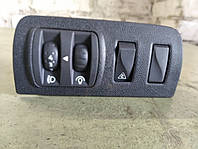 Корпус кнопок корректора фар на Renault Megane III 648450001R