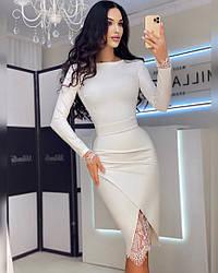 Женское стильное платье-миди с кружевом (эффект утяжки)