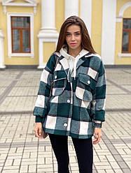 Женское стильное пальто-рубашка в клетку