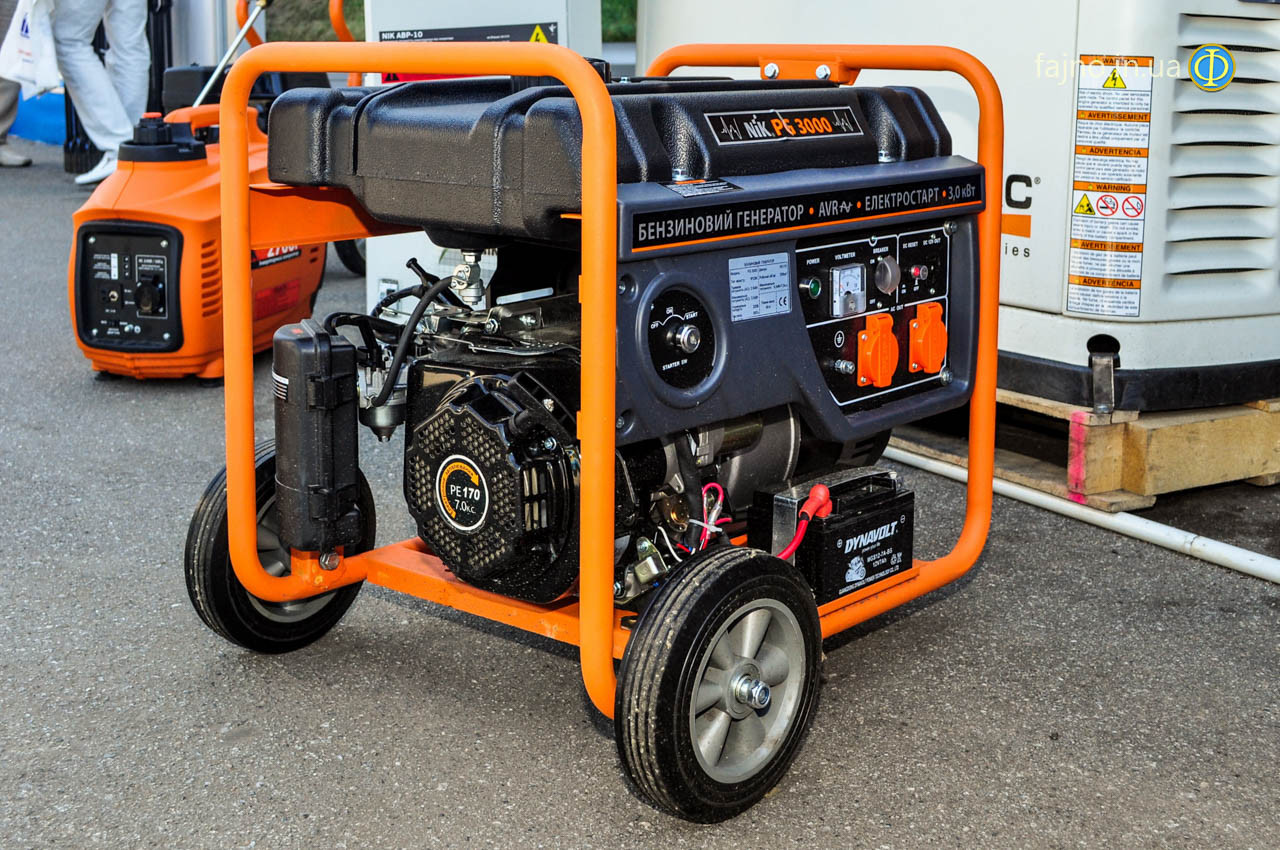Бензиновый генератор NiK PG 3000 (2,6 кВт, 1ф)