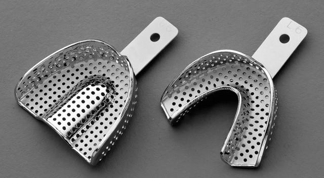 Ложки слепочные стальные с кромкой перфорированные