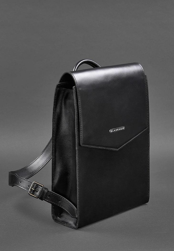 Женский деловой кожаный городской рюкзак. Цвет черный