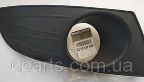 Правая накладка противотуманных фар Dacia Logan фаза 2 (оригинал)
