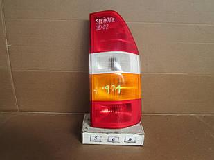 №569  Б/у ліхтар задній правий A0008261956 для Mercedes-Benz Sprinter 2000-2002