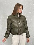 Жіноче зимове пальто на запах під пояс з накладними кишенями зі спущеними кишенями, фото 5