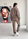 Двухцветный спортивный костюм с воротником стойкой и вставками с принтом (р.S - L) 55so1208, фото 6