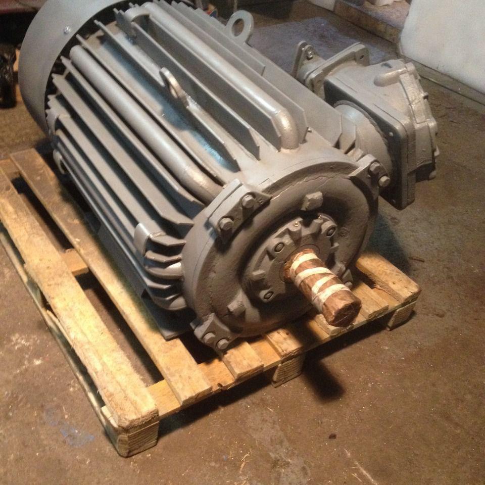 Электродвигатель ВАО2-280М10 55кВт 600об/мин (ВАО2 55/600)