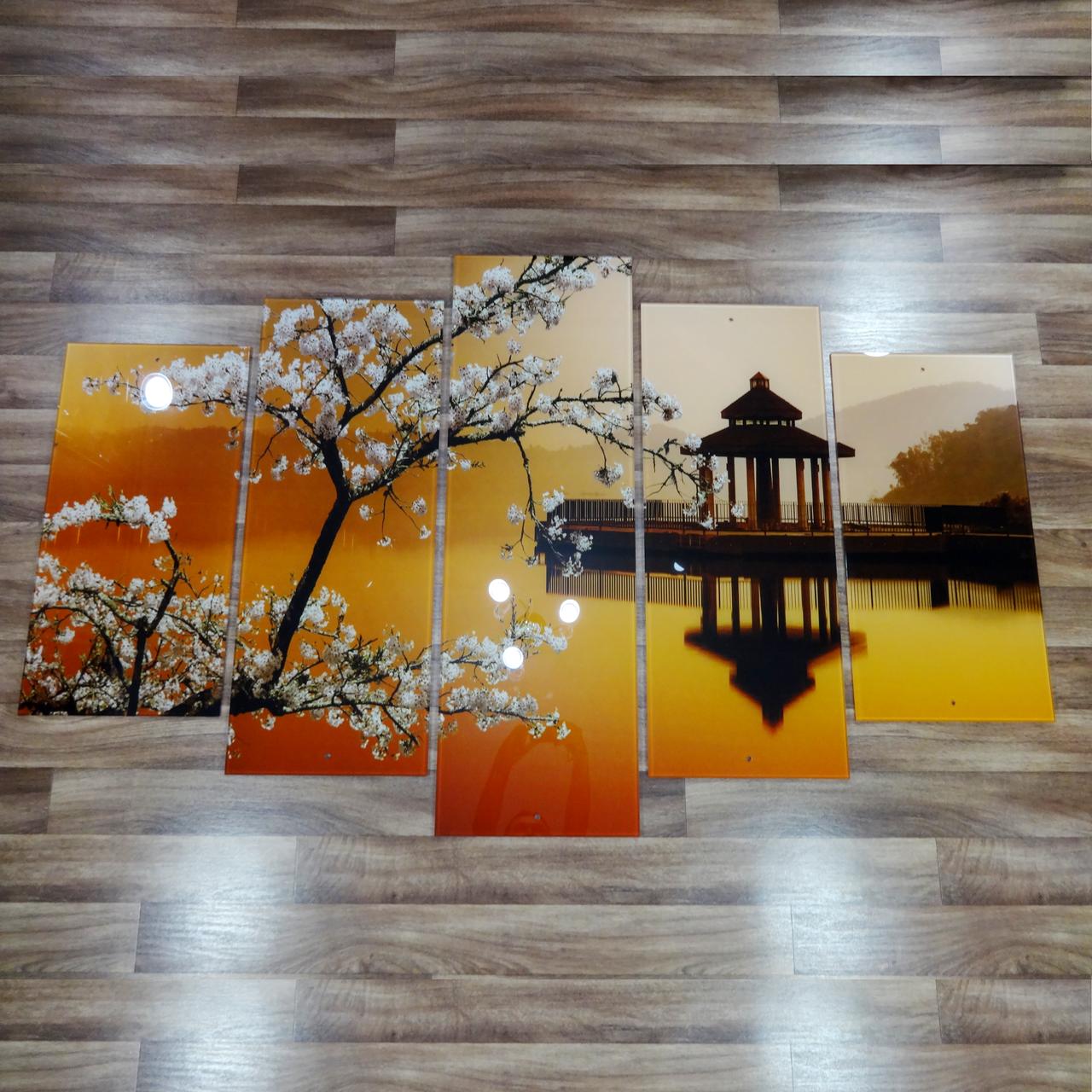 Інтер'єрна картина на склі Сакура з 5 частин Середній розмір