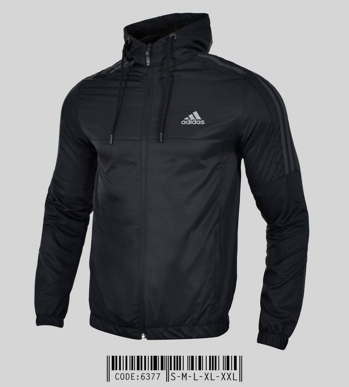 Чоловіча вітровка Adidas