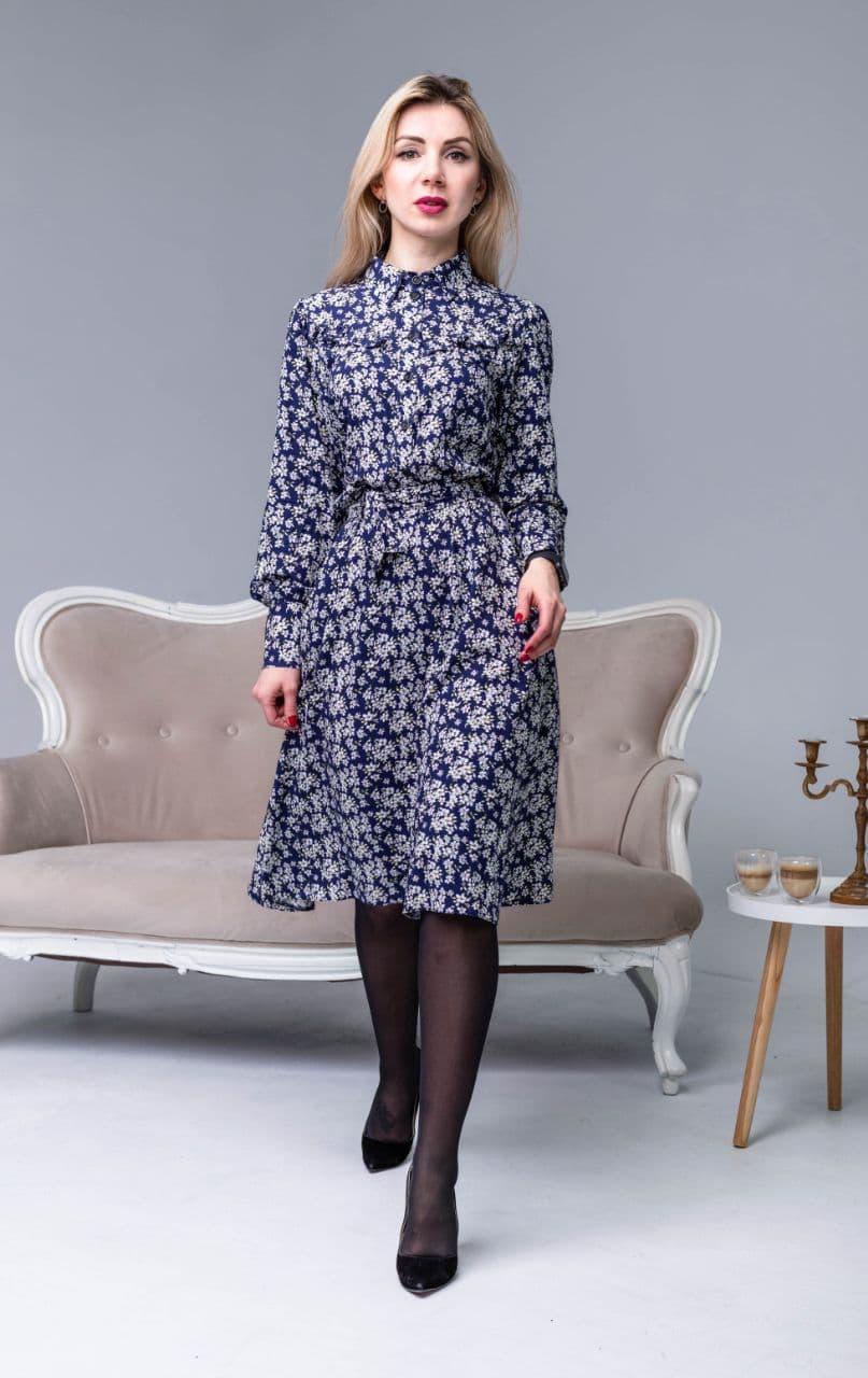 Сукня з квітами синьо-біла